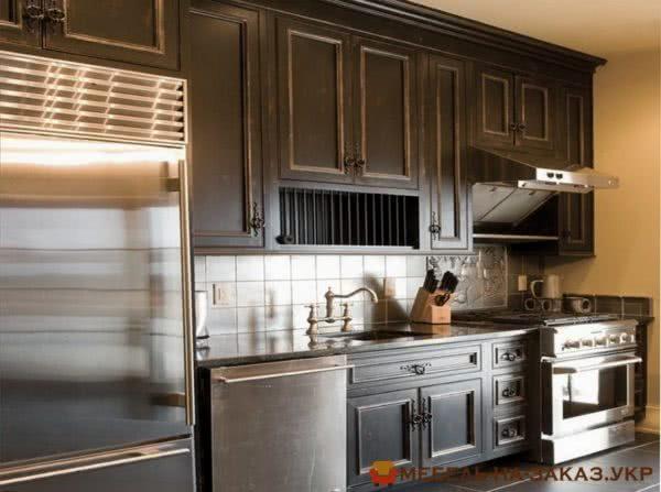 кухня с деревянными фасадами на заказ