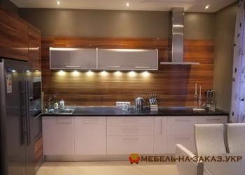 Кухня с подсветкой Оболонь