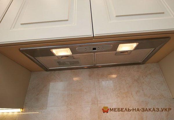кухонная вытяжка с подсветкой