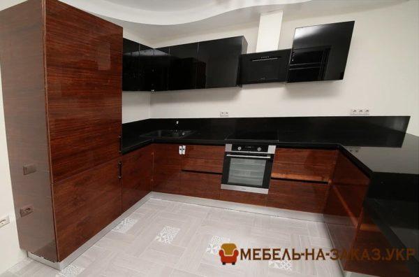 кухня формы подковы клянец
