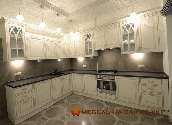 самая классическая красивая кухня