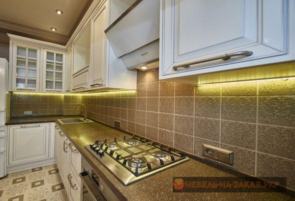 каменная столшница кухни