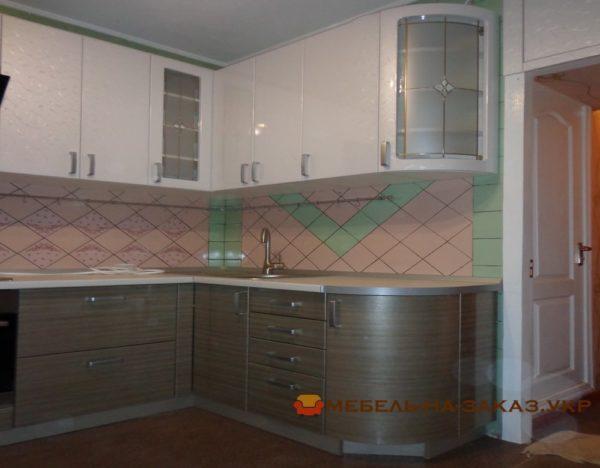 радиусная секция кухни 2 метра