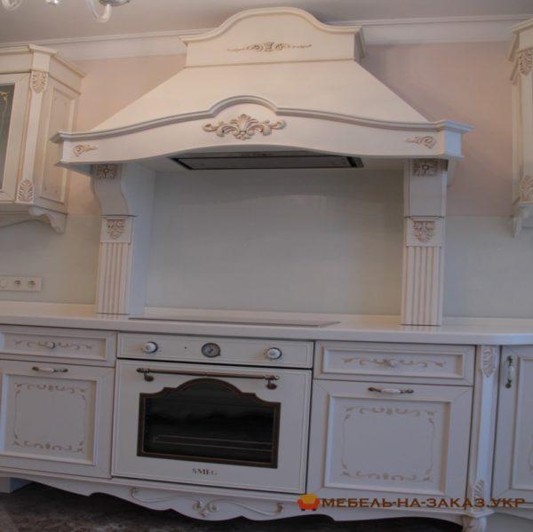 элитная кухонная мебель из натурального дерева
