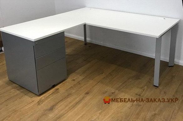 заказать офисную мебель в Киеве