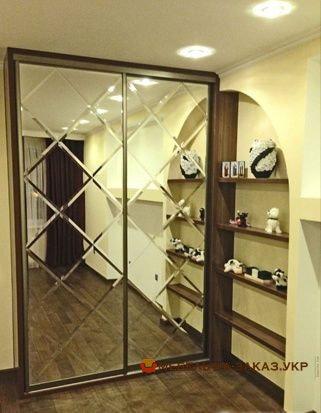 изготовление шкафов с раздвижными дверями Конфорт Таун