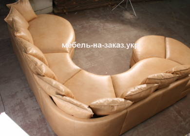 модульный диван с подушками