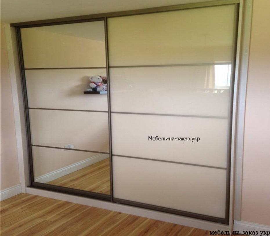 двух дверный прямой шкаф в гостиную под заказ