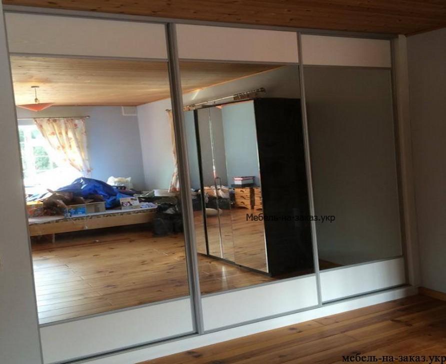 Шкафы-купе в гостиную под заказ Киев