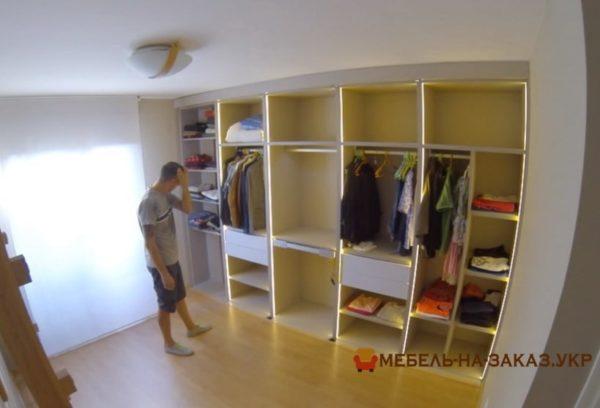 встроенный шкаф в спальне на заказ в киеве