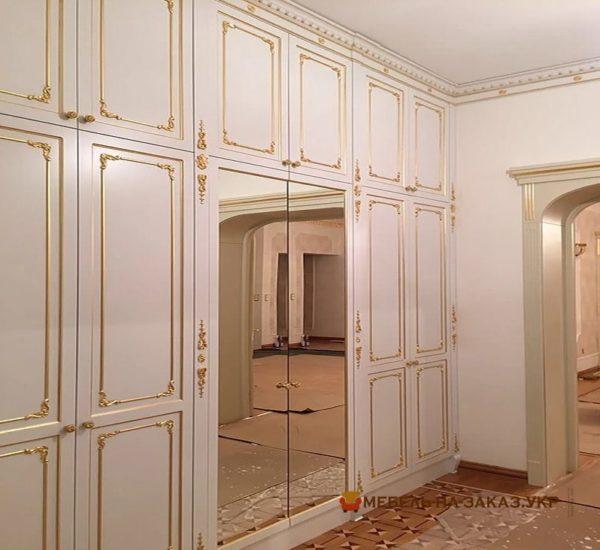 встроенный элитный шкаф в прихожую