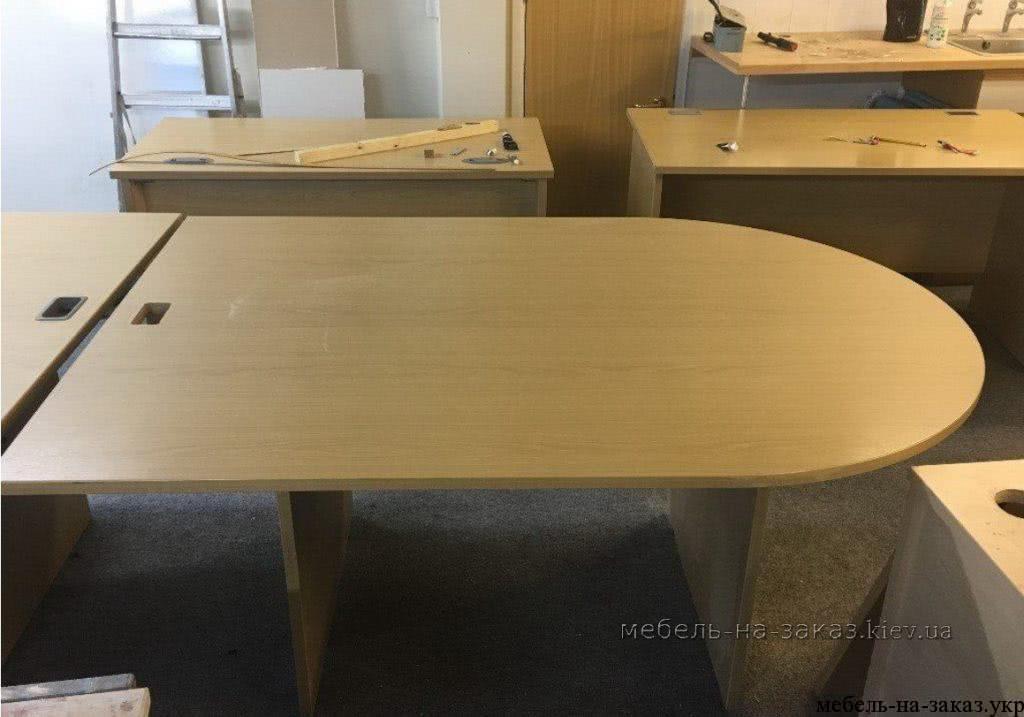 офисные столы на металлокаркасе на заказ в Киеве