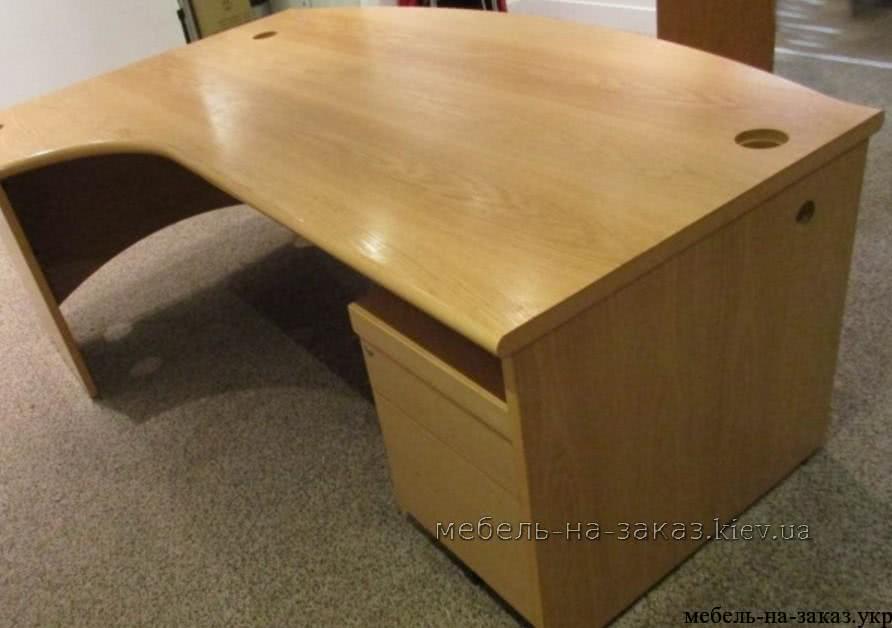 офисные столы на металлокаркасе на заказ Украина