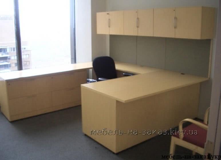 письменный стол со шкафом