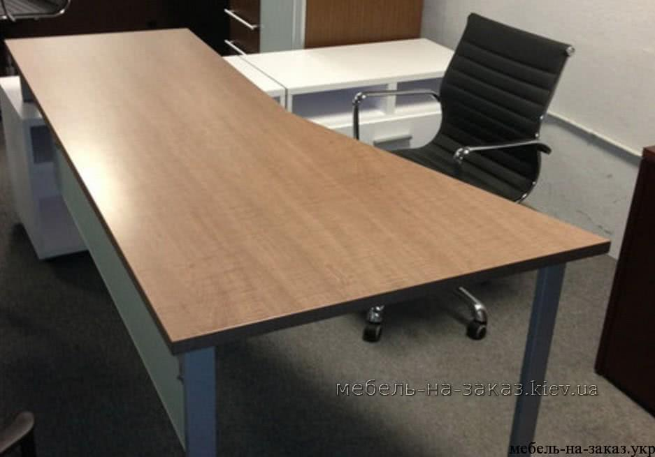 офисный стол на заказ Нивки