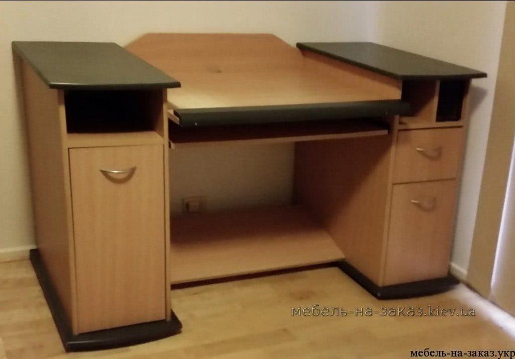 угловой стол в офис Щербакова