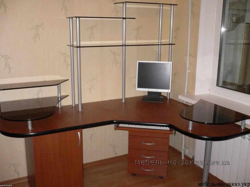 стол компьютерный на заказ