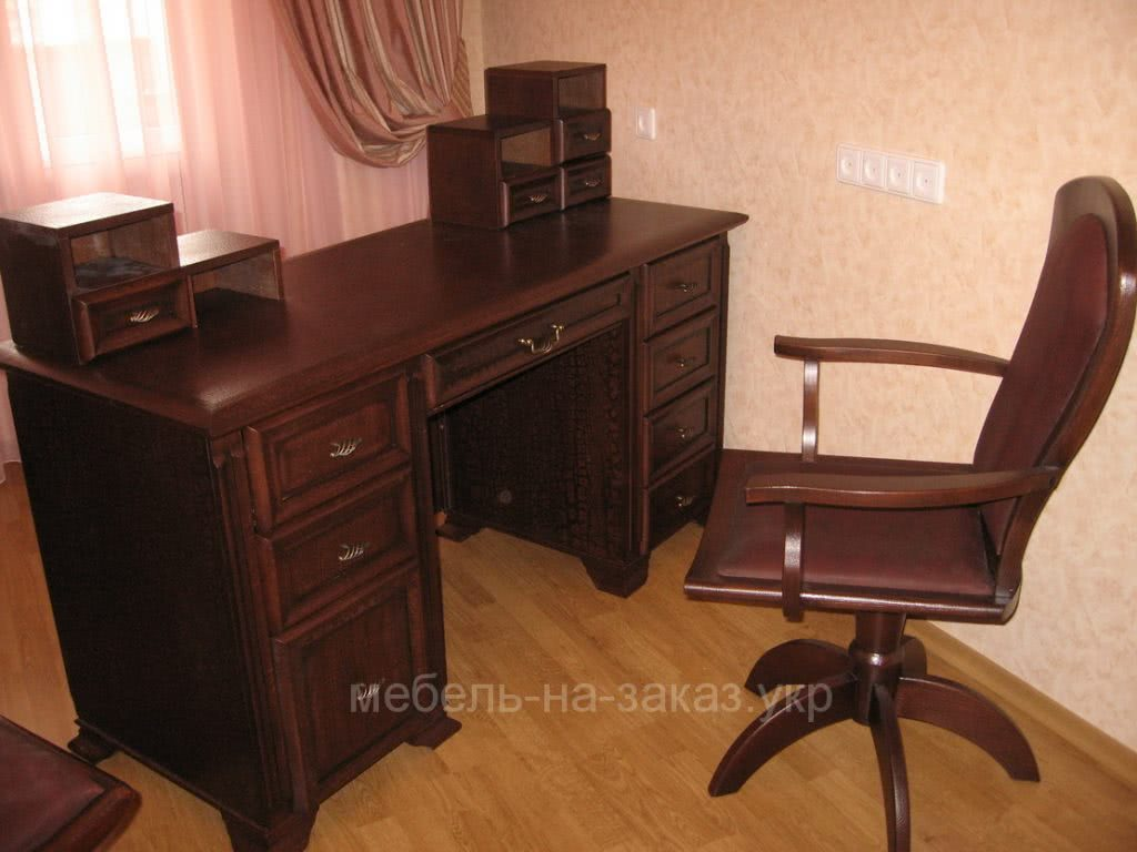 деревянная офисная мебель