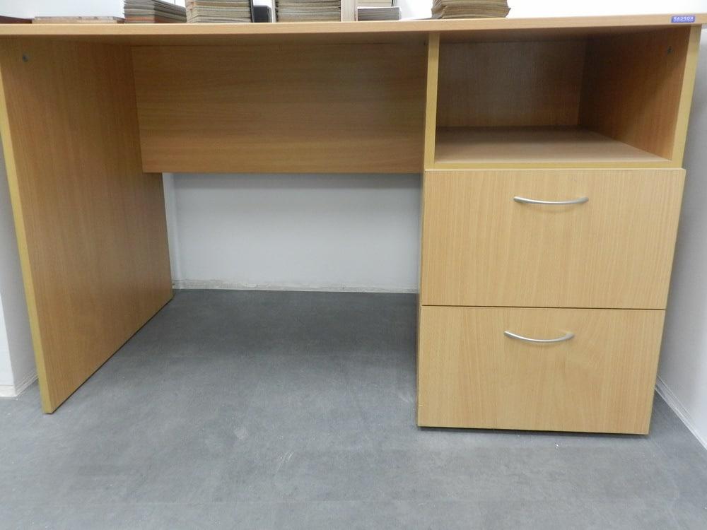 столы офисные класса эконом