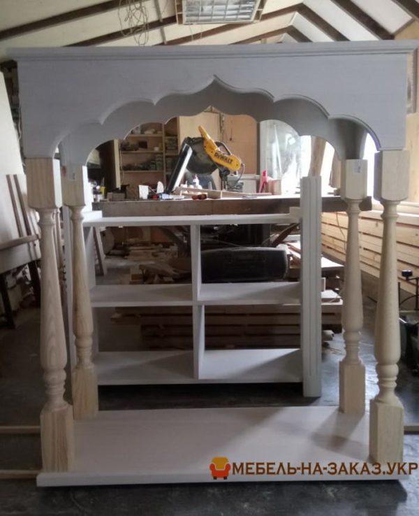 процес изготовления резной мебели