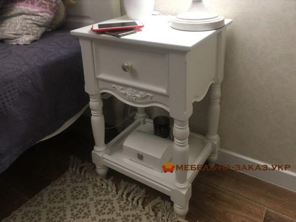 мебель в спальню из дерева с резьбой