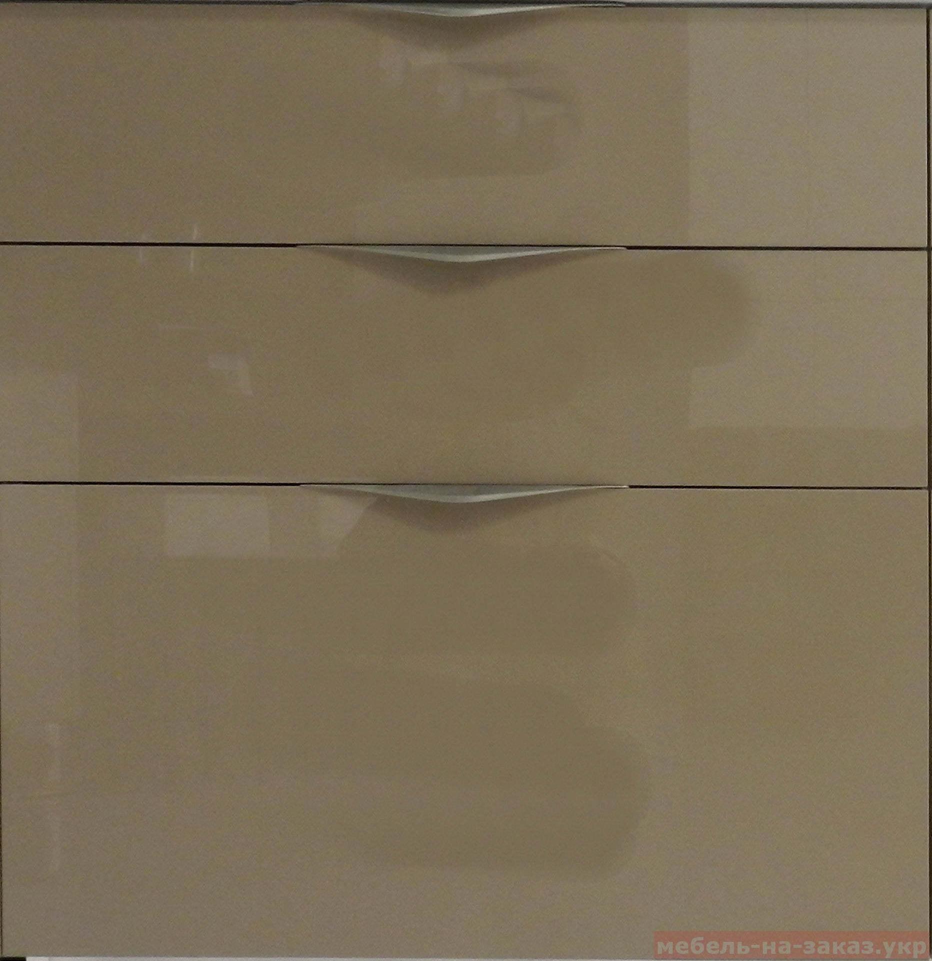 кухонные фасады в алюминиевом профиле