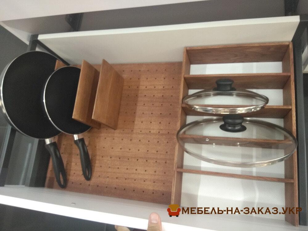 органайзер кухонни для коструль и сководородок