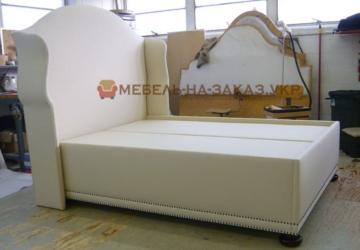 заказная белая кровать в Киеве