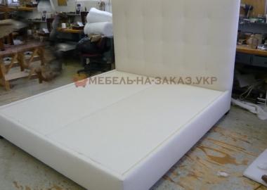 двойная кровать с мягким изголовьем на заказ