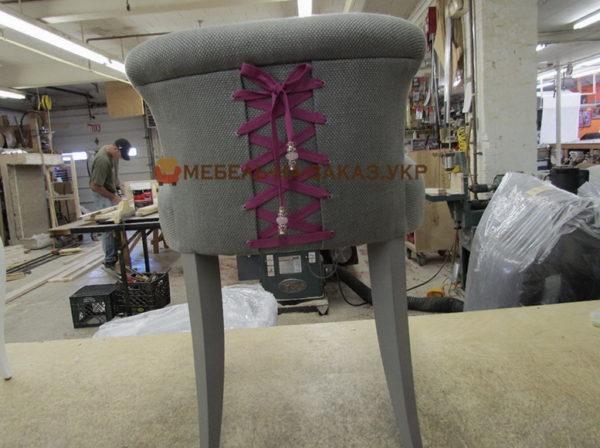 сшитое кресло