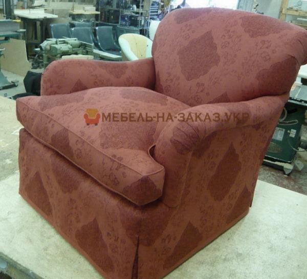 уродливое кресло