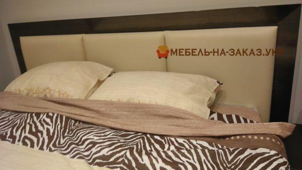 бежевое мягкое изголовье кровати на заказ в Киеве