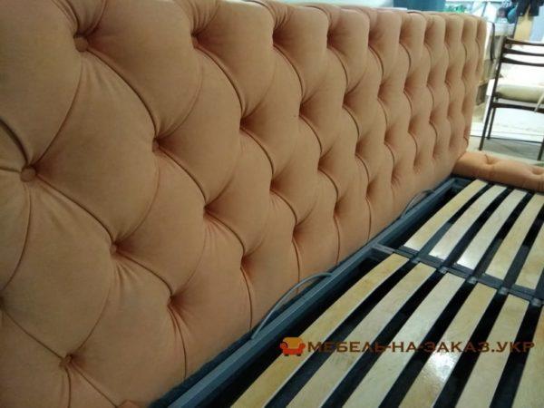 черная кровать с мягким изголовьем на заказ в Чернигове