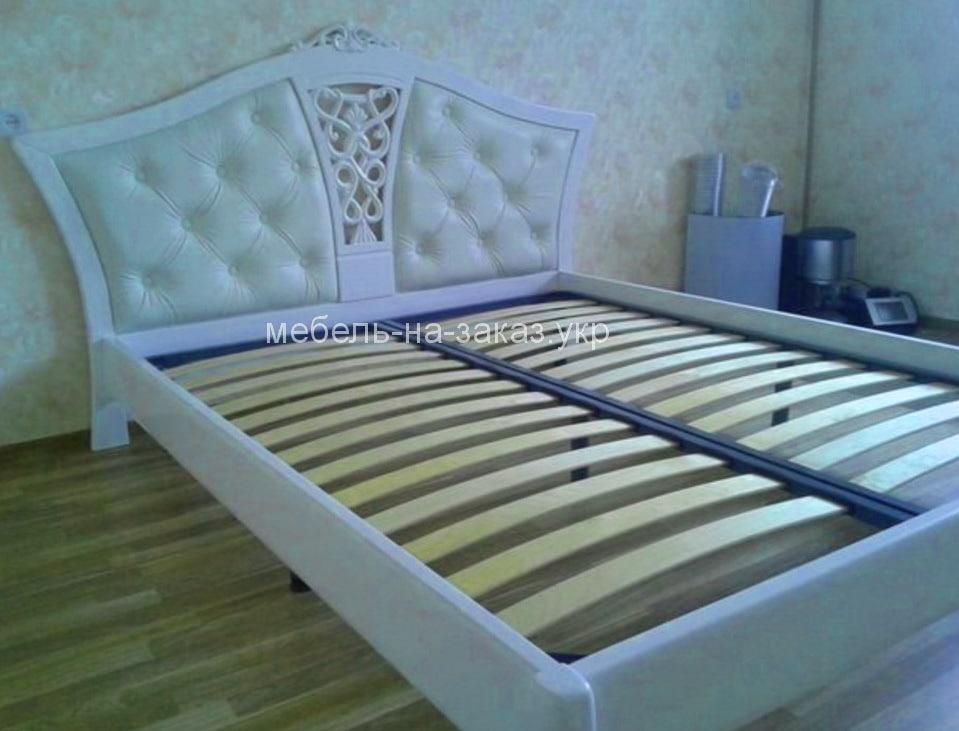 двухспальная нестандартная кровать