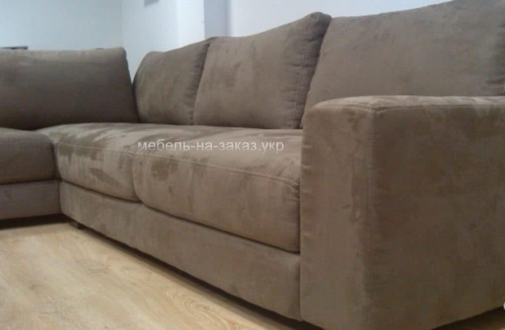 заказать нестандартный угловой диван