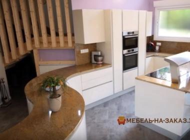 радиусная кухонная мебель на заказ