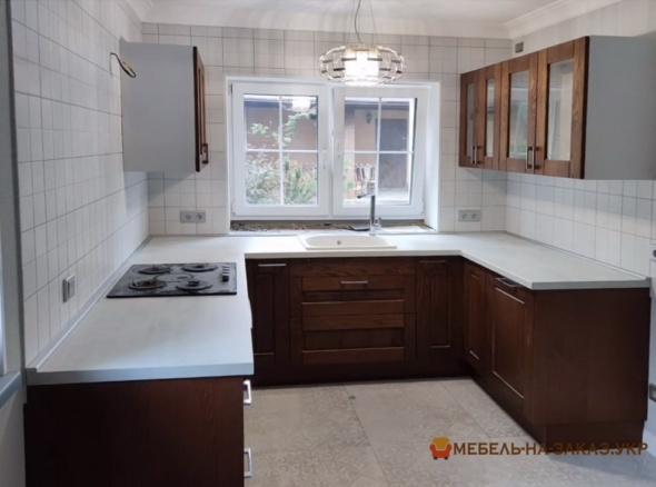 деревянная п образная кухня под заказ Киев