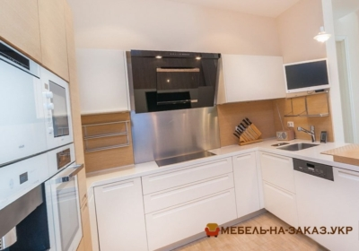 фотографии угловых кухонь