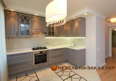 Прямая кухня с подсветкой Буча