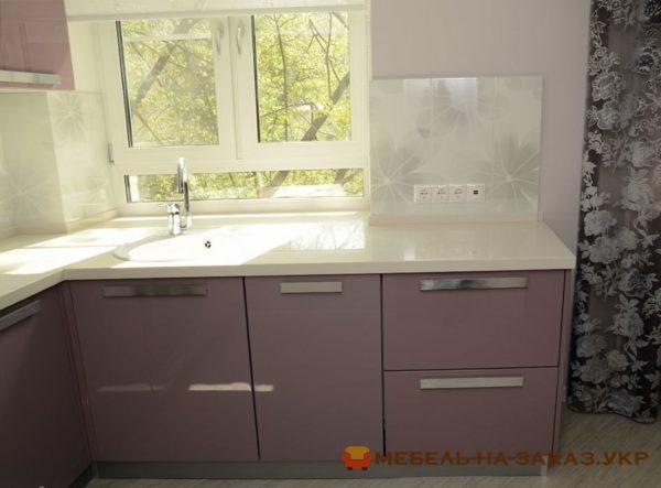 дсп угловая кухня с подокойником