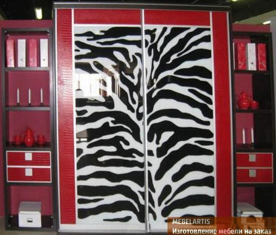 рисунок зебры на шкафу