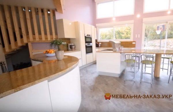 круглая кухня4 56