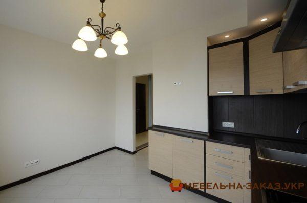 угловая кухонная маленькая мебель на заказ Киев
