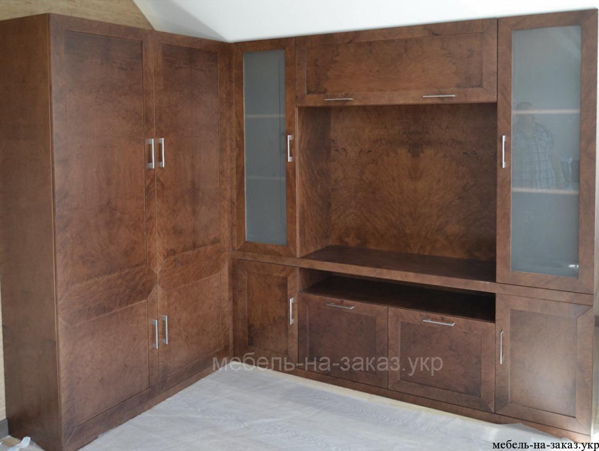 мебель покрытая шпоном