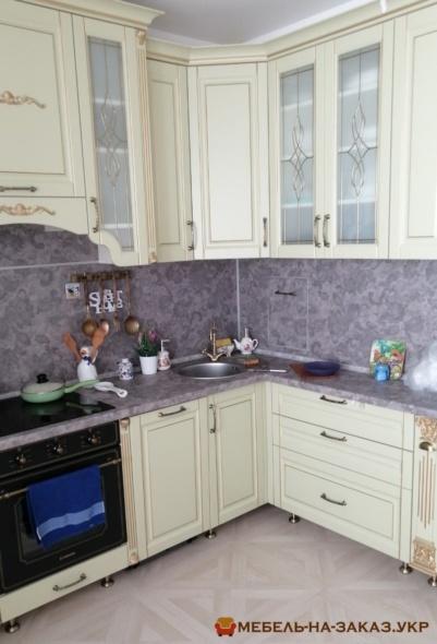 маленього размера кухня
