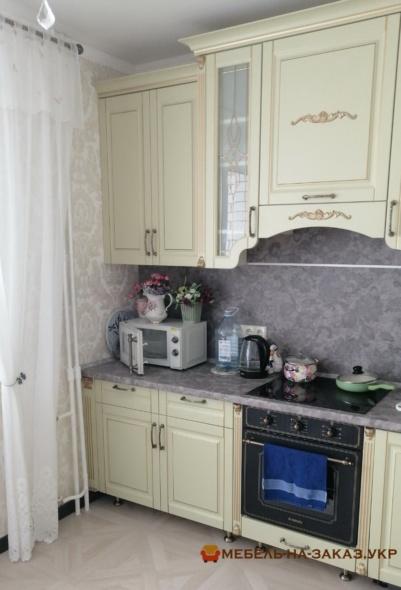 маленькая кухня с декором