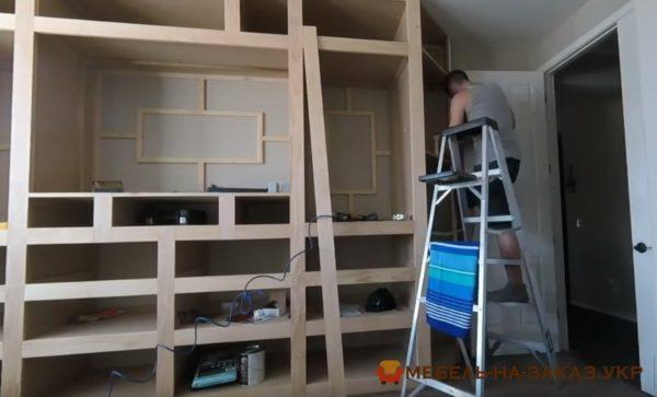 монтаж шкафа под телевизор