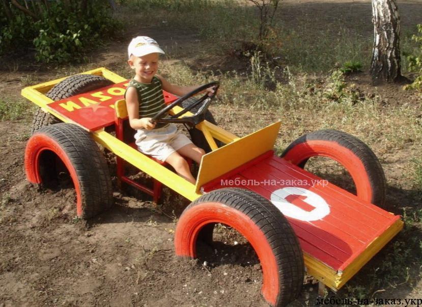 детское авто сделанное из шины