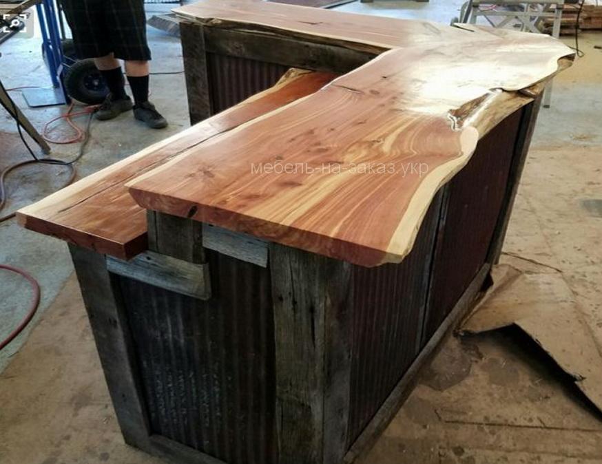 маленькая барная стойка  из дерева