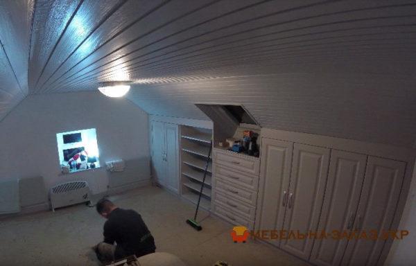 изготовление и установка мебели в чердак на заказ